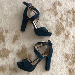 Worn once Vince Camuto suede platform sandals